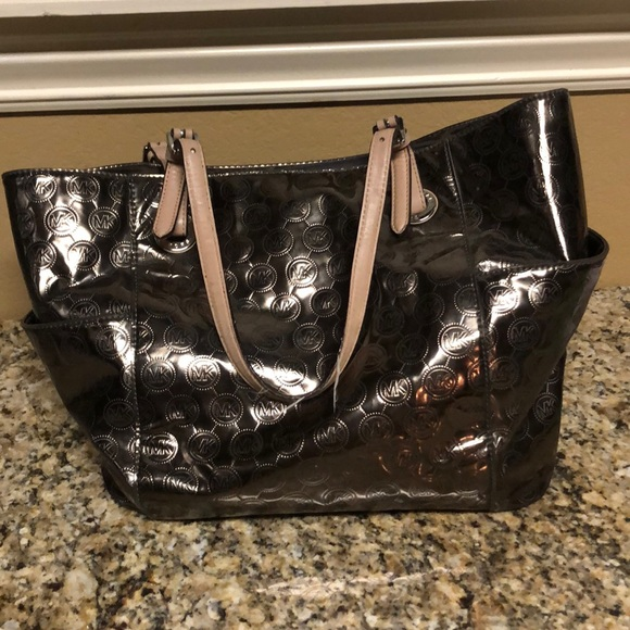 Michael Kors Handbags - Mk